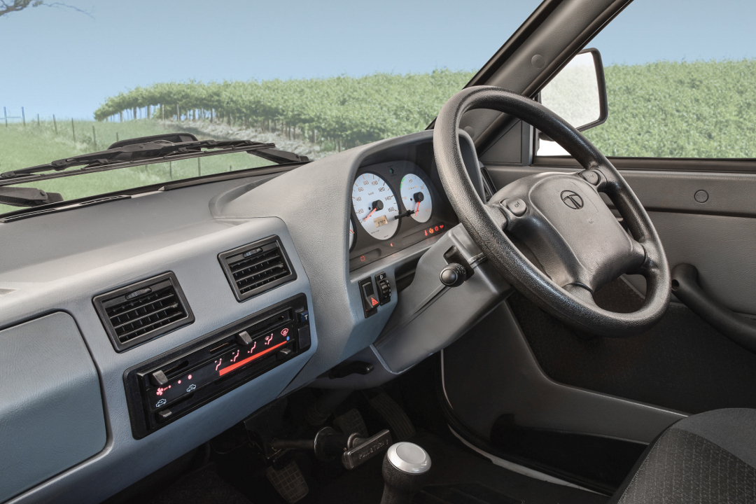 TATA Worker 207 Interior